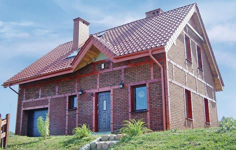 3 Zimmer Unterkunft in Izbica, location de vacances à Smołdzinski Las