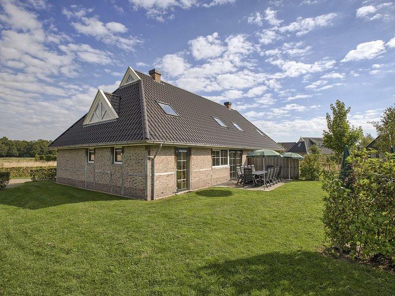 12-Personen-Ferienhaus, Barrierefrei+ im Ferienpark Landal Orveltermarke, Ferienwohnung in Zwiggelte