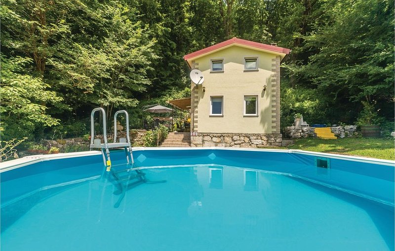 2 Zimmer Unterkunft in Krizisce, holiday rental in Hreljin