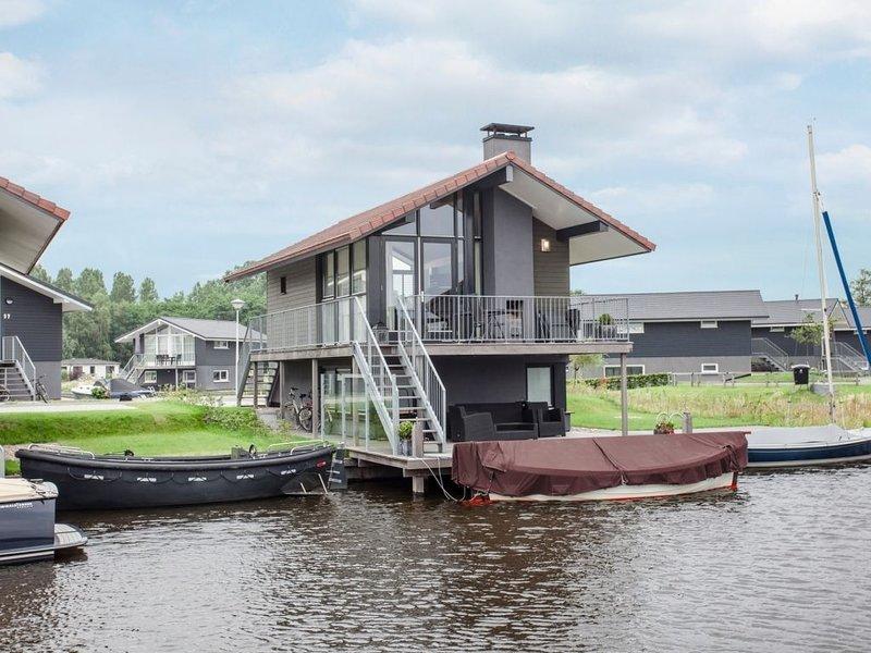 Komfort 4-Personen-Unterkunft im Ferienpark Landal Waterpark Sneekermeer, vacation rental in Oudehaske