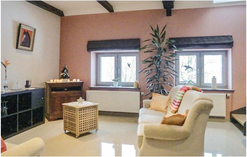 1 Zimmer Unterkunft in Basbellain, holiday rental in Luxembourg