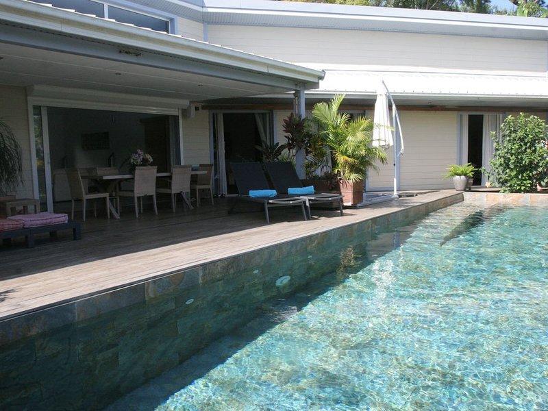 outside view pool 12m long