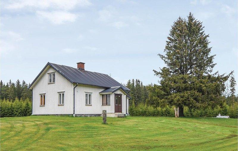 2 Zimmer Unterkunft in Sjötofta, casa vacanza a Overlida