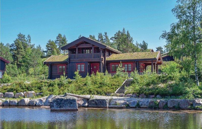 3 Zimmer Unterkunft in Treungen, vacation rental in Telemark