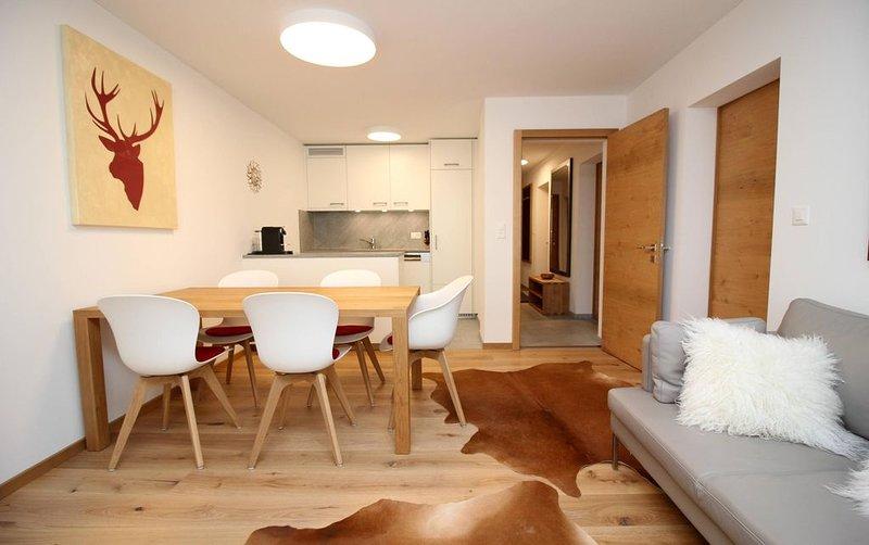 Sehr attraktive Wohnung im Alpenstil eingerichtet inmitten von St. Moritz-Dorf, location de vacances à Engadin St. Moritz