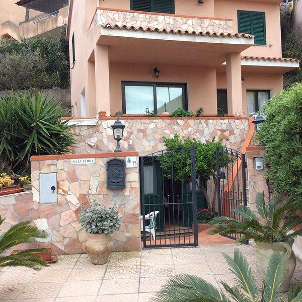 bilocale a S.Pasquale-Santa Teresa Gallura-, holiday rental in Bassacutena