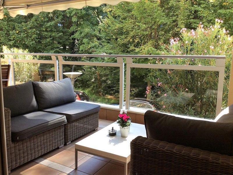 Ferienwohnung mit Blick in die Parkanlage, nahe der Seepromenade und Strandbad, location de vacances à Lac Majeur