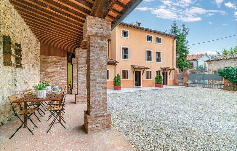 4 Zimmer Unterkunft in Castelgomberto (VI), holiday rental in Zane
