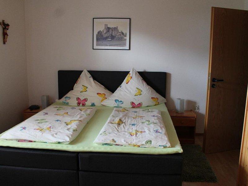 40qm-große Ferienwohnung mit großer Sonnenterrasse, casa vacanza a March