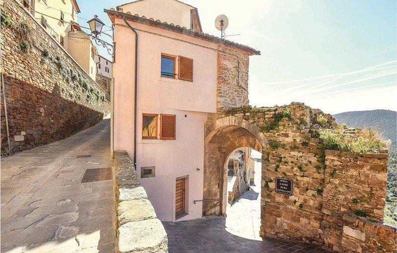 2 Zimmer Unterkunft in Scarlino, holiday rental in Bagno di Gavorrano