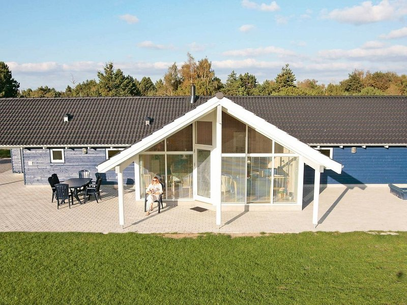 Fabulous Holiday Home in Rodby Denmark Near Sea, vacation rental in Nakskov