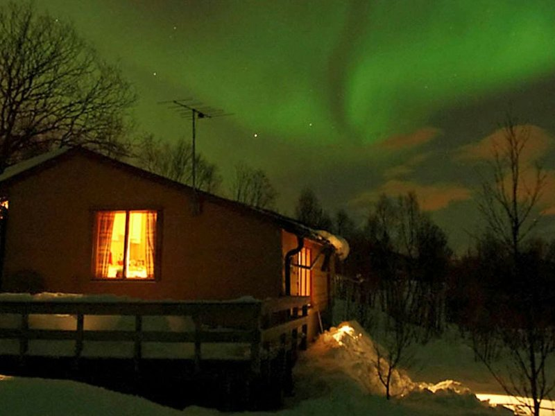 5 person holiday home in Straumsbukta, alquiler de vacaciones en Troms