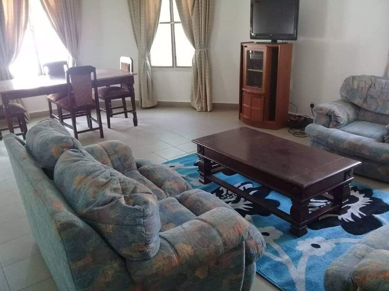 Self catering fully furnish four bedroom house fitted with WIFI and CCTV camera, holiday rental in Central River Division