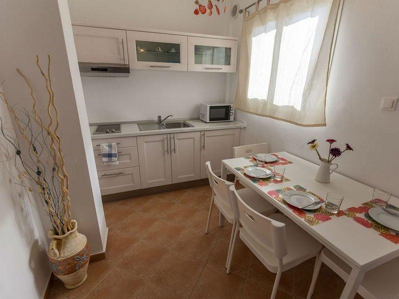 RESIDENCE SOGNO GRECO - BILOCALE, location de vacances à Velanidia