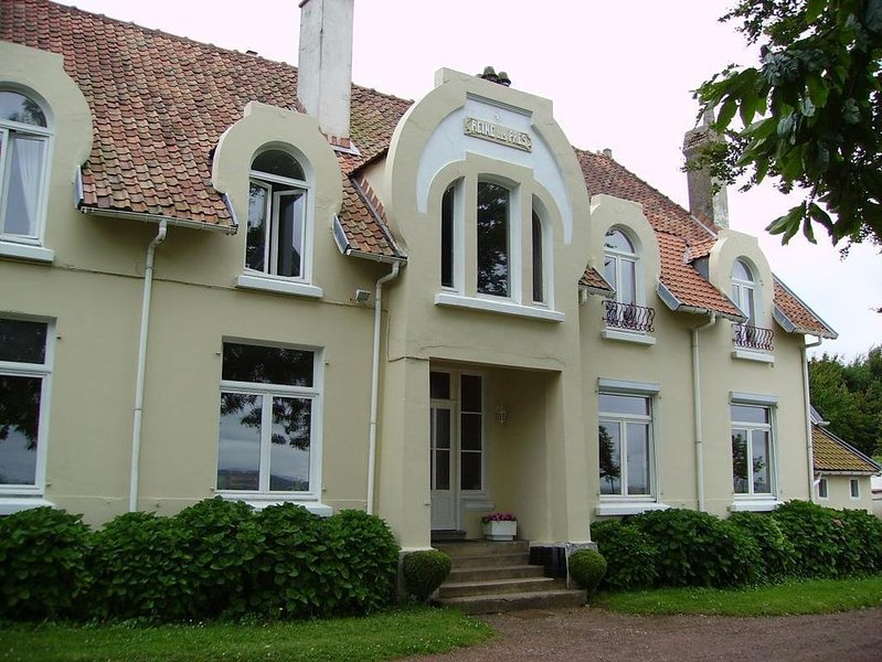 Saint Etienne au Mont : à 2 km de la mer à proximité de Boulogne Sur Mer maison, holiday rental in Saint-Leonard