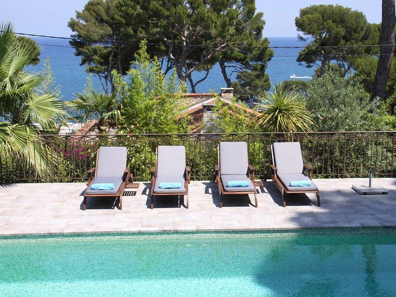 Stunning sea views Cap d'Antibes, holiday rental in Cap d'Antibes
