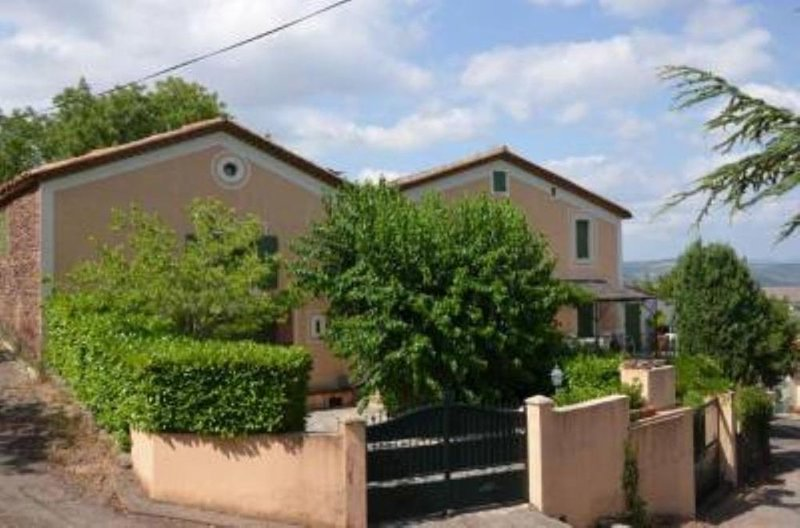 Merifons: la Bastide aux mimosas en pays d'Oc, aluguéis de temporada em Le Puech
