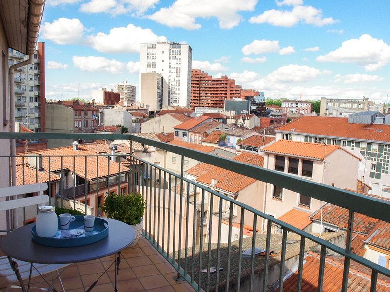 Castellane - T2 -35m2 - 1 chambre + parking + balcon, vacation rental in Toulouse