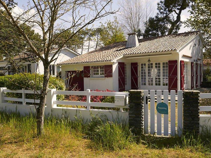 Une jolie maison de famille pour 8 personnes, holiday rental in La Tranche sur Mer