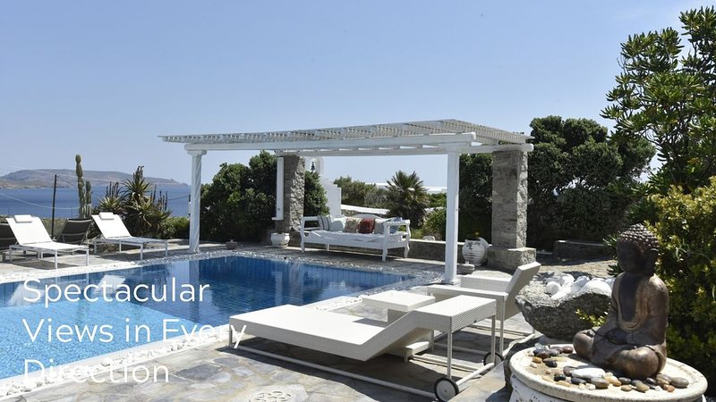 FULLY FLEXIBLE POLICY! SEA & SUN VILLA MYKONOS. A Private Property next to the b, holiday rental in Kalafatis