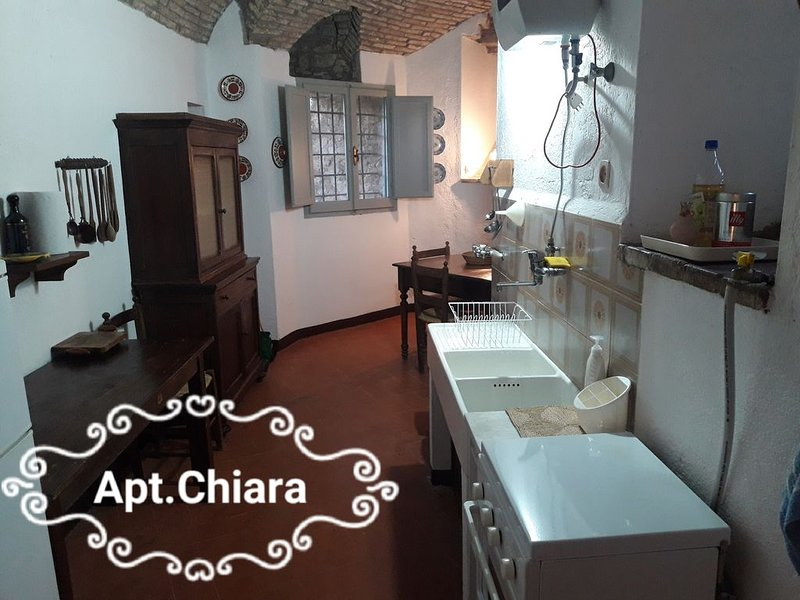 casa vacanze in castello residenza d'epoca  assisi nel cuore della verde umbria, location de vacances à Pianello