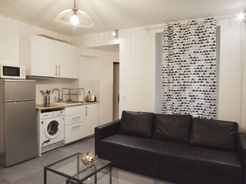 Cute and lovely Flat#2 bedrooms#Paris 13, holiday rental in Gentilly