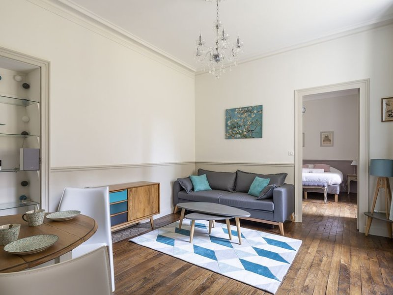 Blue Lagoon - Une Chambre Appartement, Couchages 4, vacation rental in Rennes