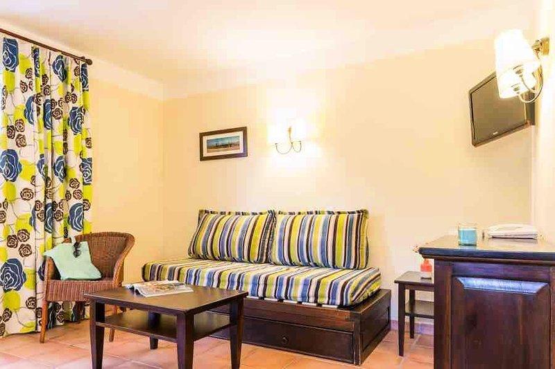 Résidence Pierre & Vacances Le Domaine du Golf de Pinsolle*** - Appartement 2 Pi, vacation rental in Vieux-Boucau-les-Bains