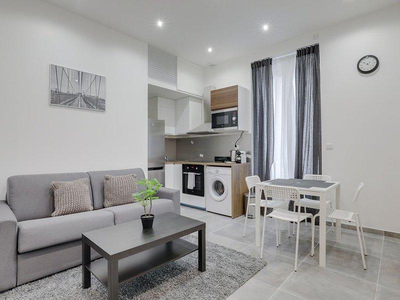 Magnifique appartement central minimaliste, location de vacances à Lyon