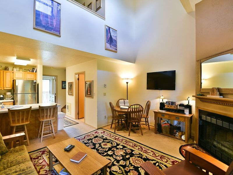 A Wolf Lodge vacation rental in charming Eden and the Greatest Snow on Earth  Wo, holiday rental in Brigham City
