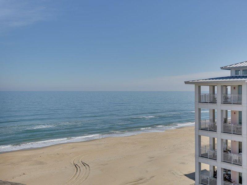Oceanview Penthouse Condo, in a beachfront development!, alquiler de vacaciones en Virginia Beach