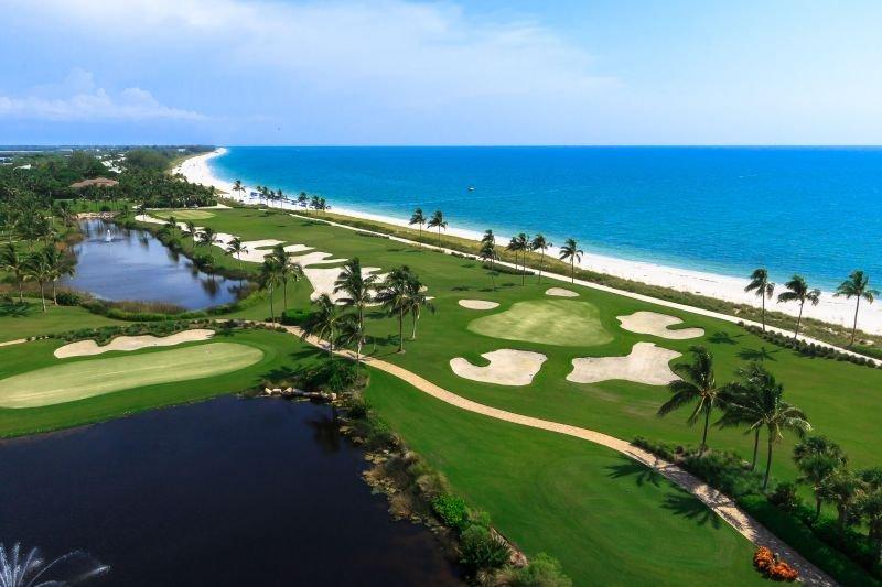 White Sand Beach Getaway! 1 Elegant 2BR Marina Villa , Pools, Waterslides, casa vacanza a Saint James City