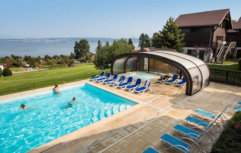 Chalet Cosy | Accès Piscine couverte chauffée, Thermes d'Evian, Sauna, holiday rental in Evian-les-Bains