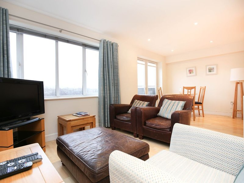Private 2 beedroom home in the heart of Liverpool, holiday rental in Bebington