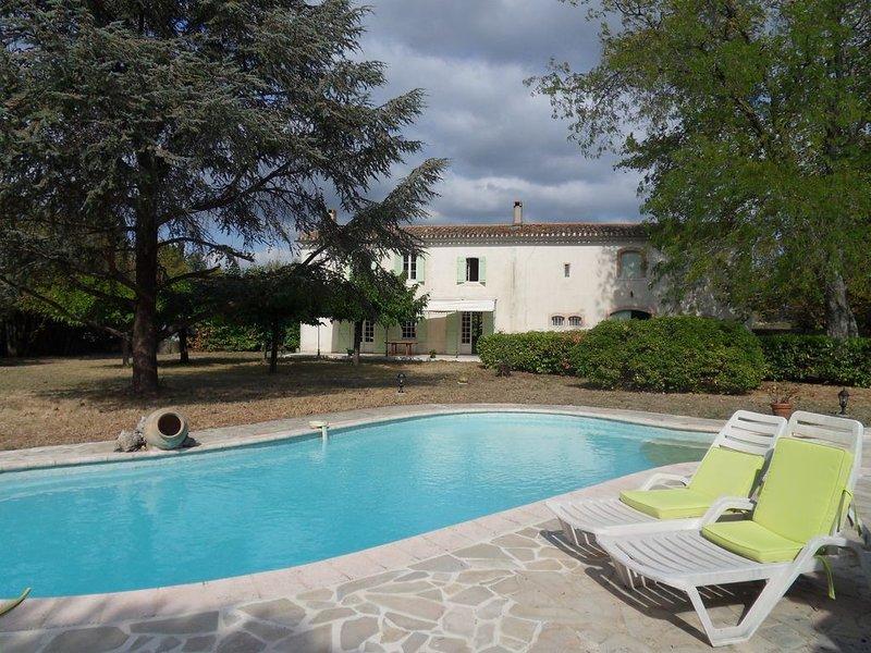 Maison de Charme à 15 min. de Carcassonne, alquiler vacacional en Carlipa