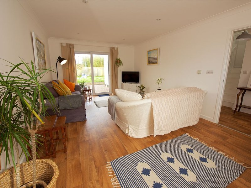 Close to Beaches & Coastpath-Perfect for families & walkers! Rural Cornish Home, holiday rental in Goldsithney