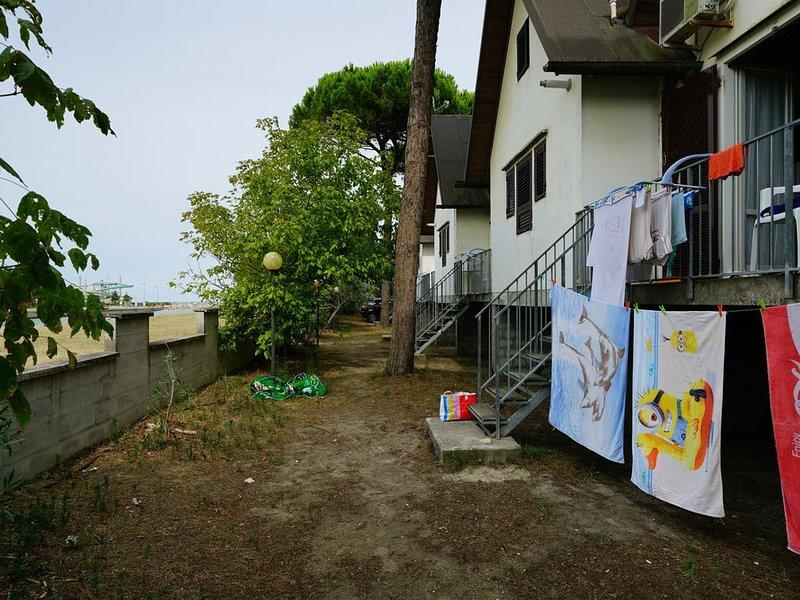 Villette tipo bungalow a 2 passi dal mare, vacation rental in Porto Garibaldi