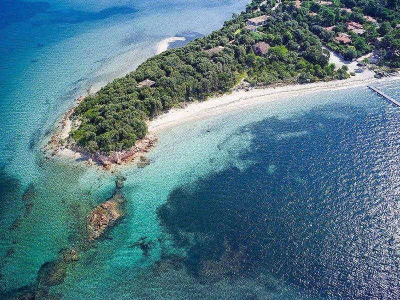Villa Mimosa, à 100 m de la plage,  Benedettu, Golfe de Porto Vecchio, location de vacances à Lecci
