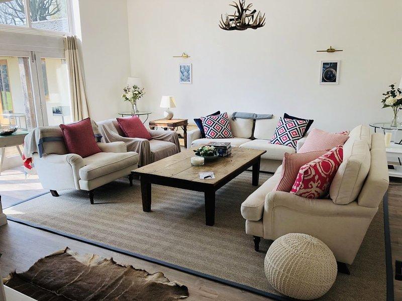 Luxury Cotswolds House sleeps 14, walk-pub, mins to Soho Farm, casa vacanza a Great Tew