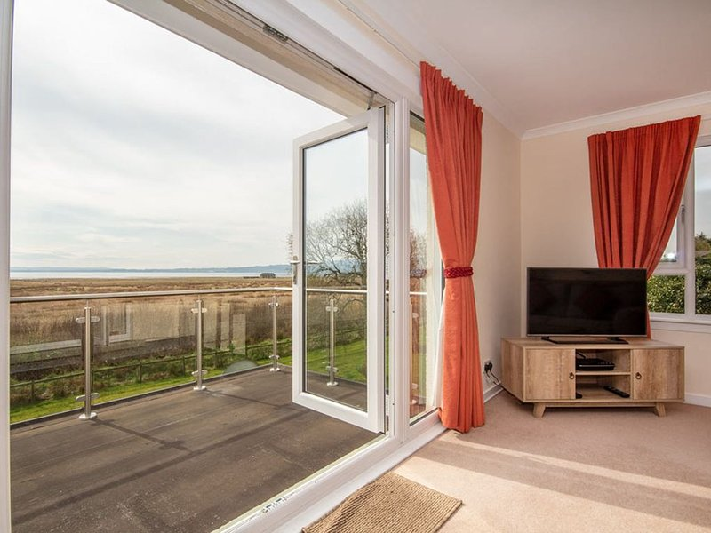 3-Bedroom House in Dornoch with fantastic views of the Dornoch Firth, casa vacanza a Lairg