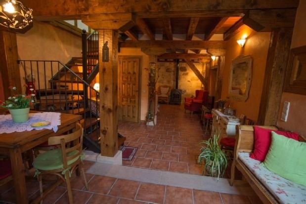 Casa rural (alquiler íntegro) Mi Rinconcillo para 5 personas, holiday rental in Sepulveda