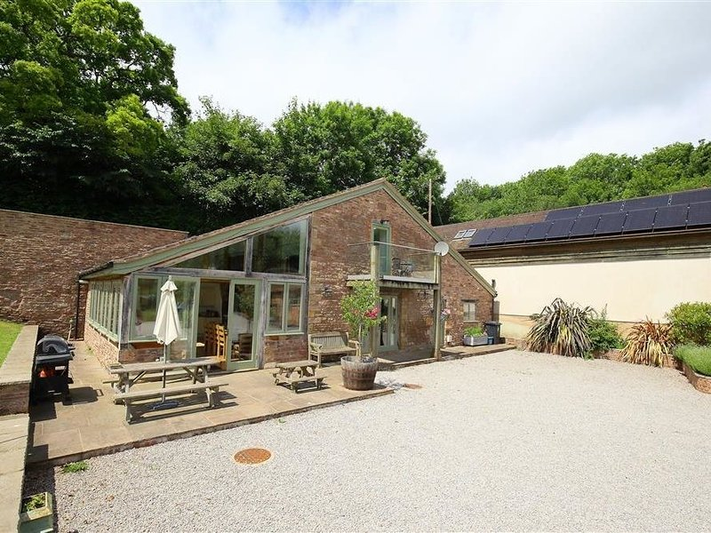 The Old Mill, CINDERFORD, holiday rental in Newnham