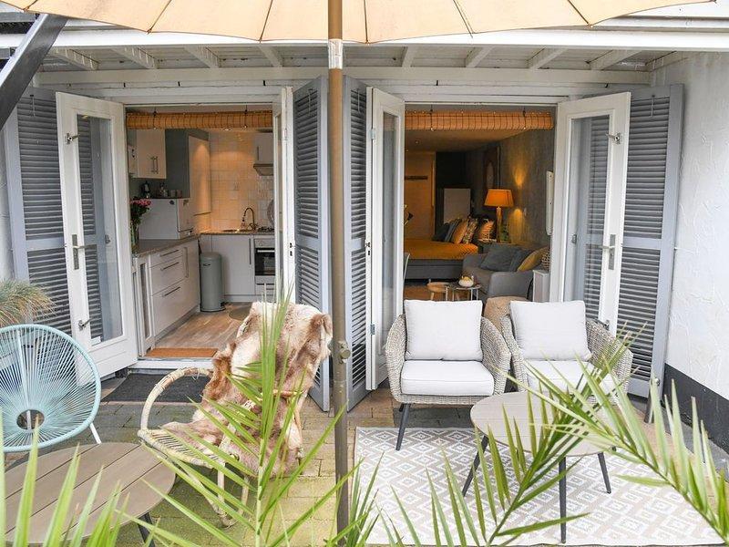 Ga in het voorjaar 2021 op vakantie naar Alkmaar!, holiday rental in Oterleek