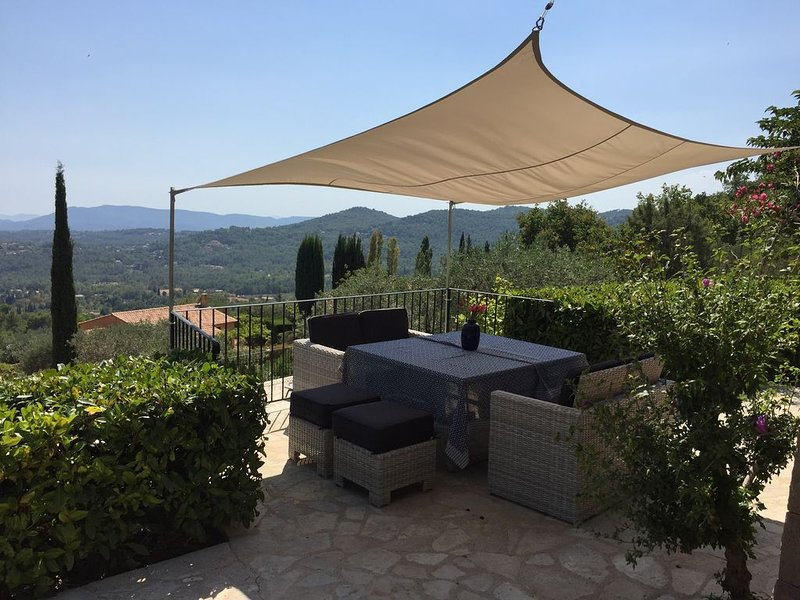 Amazing southfacing views from lounge area outside Main House