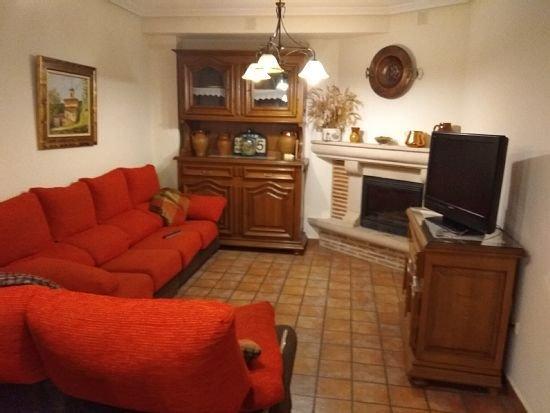 Casa rural (alquiler íntegro) La Posada Del Santo para 10 personas, holiday rental in Zorraquin