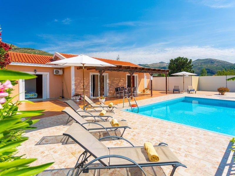 Villa Peach: Large Private Pool, Walk to Beach, Sea Views, A/C, WiFi, Car Not Re, vacation rental in Katelios