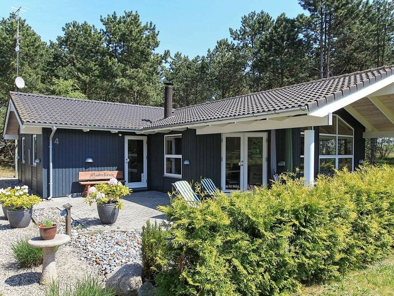 Picturesque Holiday Home in Rødby with Sauna, location de vacances à South Zealand