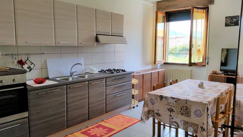 Appartamento luminoso e accogliente Tortolì, Ferienwohnung in Girasole