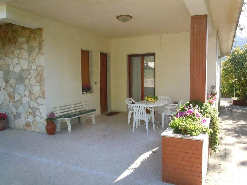 CondoR House alle pendici dell'Etna, holiday rental in Nicolosi