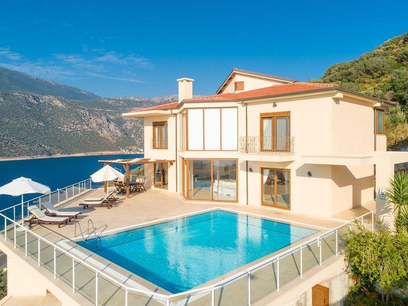 Villa Lara: Large Private Pool, Sea Views, A/C, WiFi, vacation rental in Kas